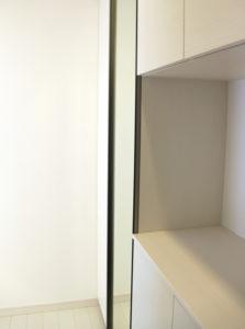 玄関に組み込んだ姿見鏡
