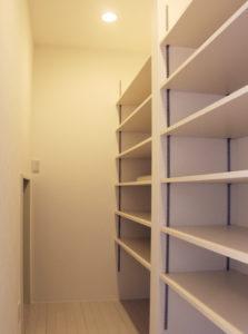 2F 収納スペース